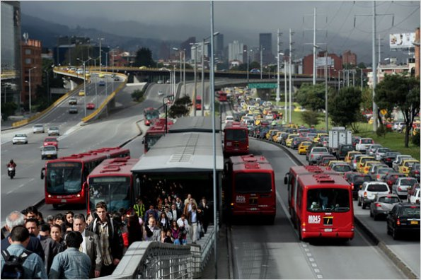 Bogota Columbia BRT - people move on the buses, cars can't get in the way